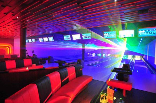 Hotel met bowlingbaan 8