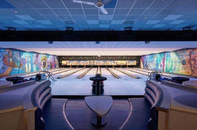 Hotel met bowlingbaan 5