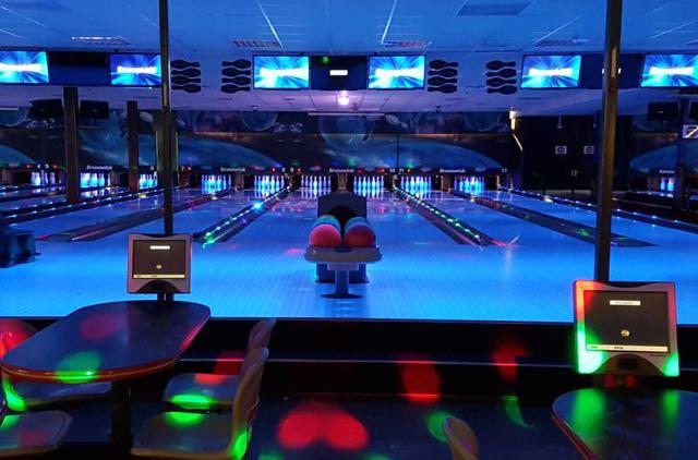 Hotel met bowlingbaan 16