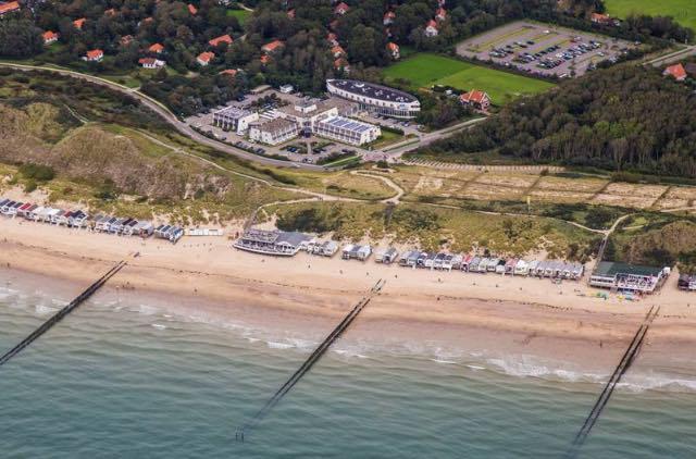 Hotel met balkon aan zee 19