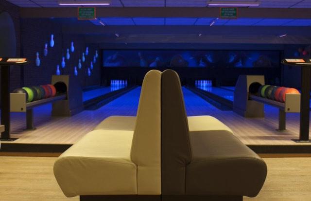 Hotel met bowlingbaan 18
