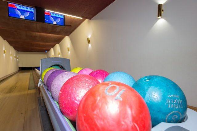 Hotel met bowlingbaan 11